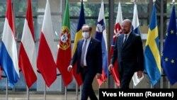 Kosovski premijer Hoti i predsednik Evropskog saveta Mišel u Briselu 25. juna