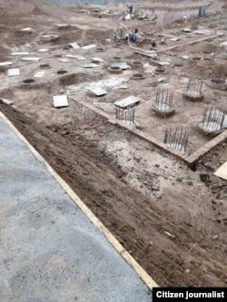 Маҳалли сохтмони бинои нави ҳукумат дар Душанбе. Акси корбарон
