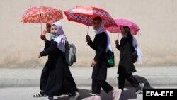 ارشیف، ځینې افغان زدهکوونکې نجونې