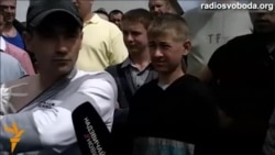 Мешканці чотирьох районів Рівненщини піднялися захищати свій промисел бурштинокопачів