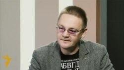 Алесь Пашкевіч: Алексіевіч на эвэрэсьце сусьветнай славы ўзьняла бел-чырвона-белы сьцяг