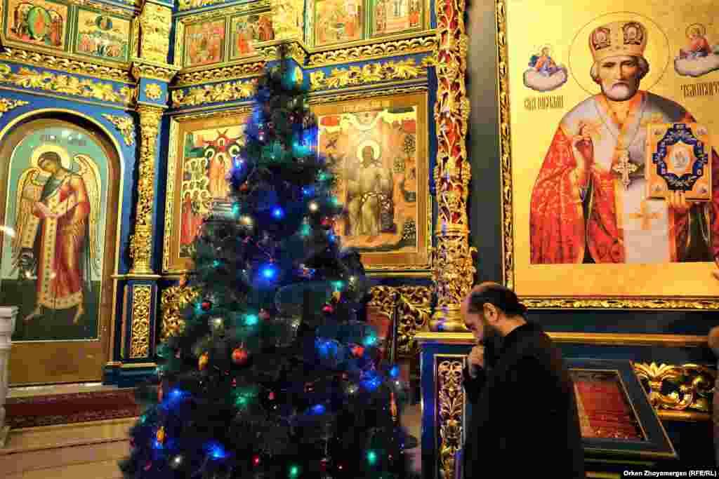 Рождество считается в православной церкви вторым по значимости праздником послеПасхи.