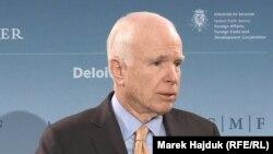 Американский сенатор-республиканец Джон Маккейн