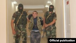 Карен Петросян в азербайджанском плену, 7 августа 2014 г.