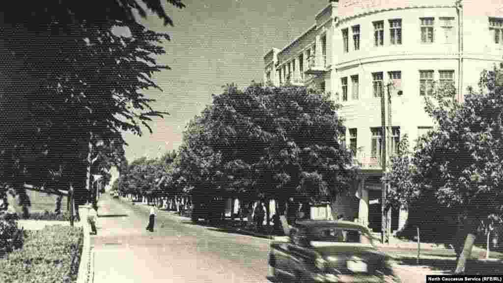 Проспект Ленина, ныне пр. Гамзатова, 1960-е гг.