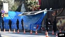 Турецька поліції біля нічного клубу в Стамбулі, де стався напад, 2 січня 2017 року
