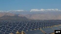 Спрос в Европе на панели для солнечных батарей в этом году, по прогнозам, сократится на четверть