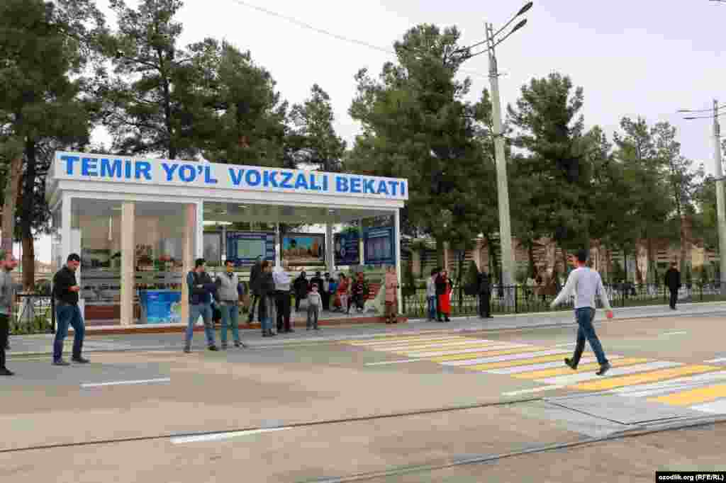 Спустя шесть месяцев после этой поездки Мирзияева в Самарканде открыли трамвайное движение.