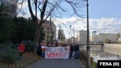 Protest građana ispred Parlamenta Federacije BiH, Sarajevo