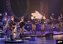 """Выступление группы """"Моранбон"""" в Пхеньяне. Апрель 2015 года"""