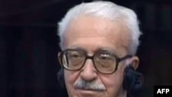 طارق عزيز، أحد المعتقلين الذين تسلمتهم السلطات العراقية.