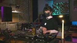 Ukrainian DJ Goes Online During COVID-19 Lockdown