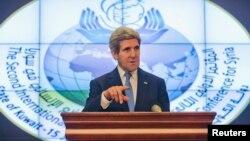 ԱՄՆ-ի պետքարտուղար Ջոն Քերրին Էլ-Քուվեյթում ասուլիսի ժամանակ, 15-ը հունվարի, 2014թ․