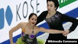 Канадская фигуристка Кортни Мансур, отказавшаяся от гражданства Казахстана, и казахстанский фигурист Дарын Жунисов.