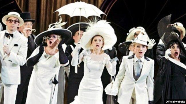 Vrlo brzo sam saznala da su najbolja mjesta u berlinskoj Operi za studente po sniženoj cijeni koštala deset eura: Selma Rakovac