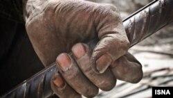 یک کارگر ایرانی- عکس: امین خسروشاهی/ایسنا