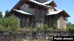 Церковьв в селе Лыхны Гудаутского района