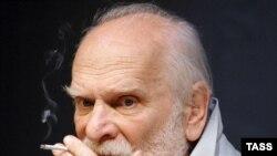 Петр Фоменко