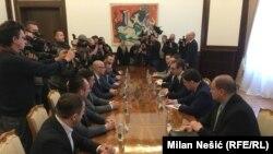 Sastanak predstavnika Srpske liste, predsednika Srbije Vučića i generalnog sekretara predsednika Srbije Nikole Selakovića
