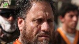 اسلم فاروقی رهبر شاخۀ خراسان گروه داعش که توسط نیروهای امنیت ملی افغانستان در ولایت کندهار دستگیر شد.