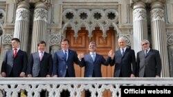 Haris Silajdžić i Boris Tadić nedavno su se susreli na samitu u Istanbulu, 24. april 2010.