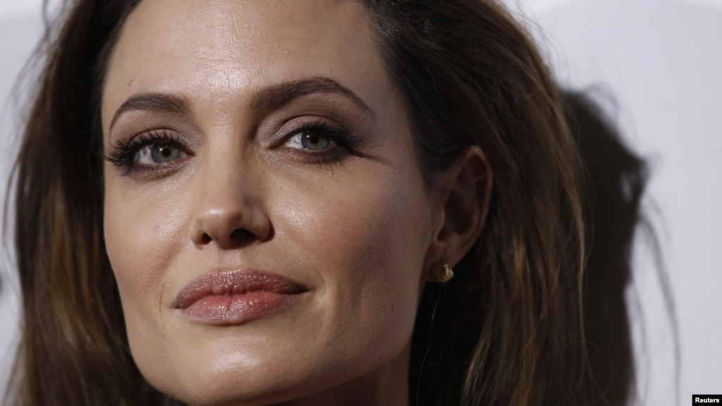 jolie earns serbian scorn for war film