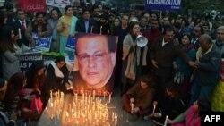 Акция памяти в пятую годовщину убийства губернатора пакистанской провинции Пенджаб Салмана Тасира. Лахор, 4 января 2016 года.