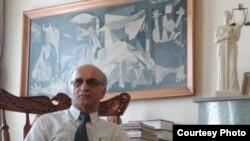 خلیل بهرامیان، وکیل دادگستری در ایران