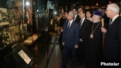 Посещение мемориального комплекса-музея Холокоста США (фотография - пресс-служба президента Армении)