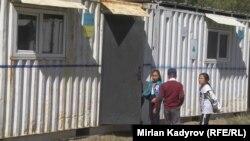 Школа из контейнеров в Нарынской области.