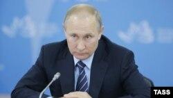 Президент РФ Владимир Путин на Восточном экономическом форуме, 2 сентября 2016