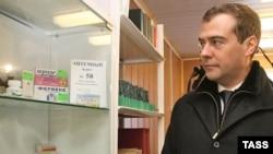 В 2006 году рецептов было выписано на 2 миллиарда рублей больше, чем перечислено денег