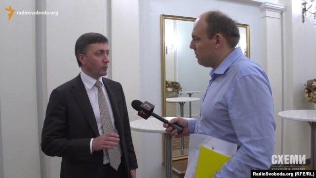 Депутат Сергій Лабазюк у запитах цікавиться станом доріг, на ремонті яких сам і заробляє