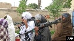 په کندهار کې وسله طالبانو له ملي پخلاینې سره یوځای کېږي. ۲۰۱۱م کال یولسم اپرېل