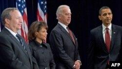 США -- Барак Обама представляє свою нову економічну команду, Чікаго, 24 листопада 2008 р.