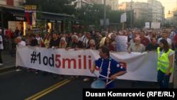 Serb protestçileri