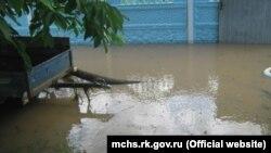 Подтопленное село Урожайное в Крыму, 16 июня 2021 года