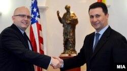 Последен пат висок американски претставник ја посети Македонија кон крајот на август. Средба на премиерот Никола Груевски со заменик-помошникот државен секретар на САД Филип Рикер
