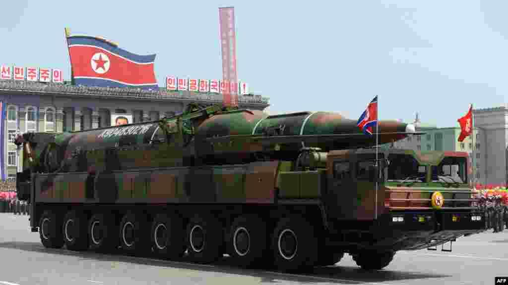 Солтүстік Корея армиясының қаруы.