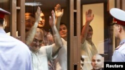 """""""Узники Болотной"""" во время одного из судебных заседаний"""