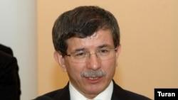 Azerbaijan -- Ahmet Davutoglu, foreign minister of Turkey, in Baku, 26May2009