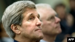 Switzerland -- US Secretary of State John Kerry waits for a meeting with officials from P5+1, the European Union and Iran in Lausanne, March 31, 2015