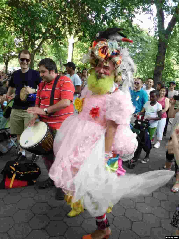 NY\Lukash - Публика самая разнообразная и веселая.