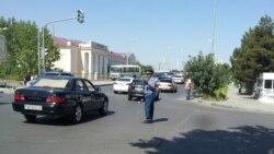 Aşgabadyň polisiýasy aýallaryň sürüjilik şahadatnamasynyň möhletini uzaltmak üçin dokumentleri kabul edip başlady