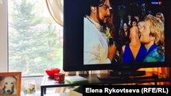 Народные артисты Чечни Филипп Киркоров и Николай Басков на экране российского ТВ