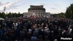 Yerevanda mitinq, 10 oktyabr 2014