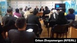 Пресс-конференция жителей села Коянды. Астана, 5 ноября 2014 года.