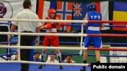 Болгарияда өткен әлем чемпионатынан көрініс. Албена, 27 қыркүйек 2013 жыл. Сурет Қазақстан бокс федерациясының ресми сайтынан алынды.