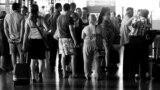 Илустрација: Патници на скопскиот аеродром