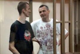 Александр Кольченко и Олег Сенцов в суде